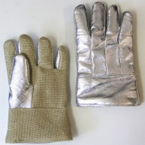 19oz. Aluminized Para Aramid Blend Back, 35oz. Zetex Plus Front Gloves